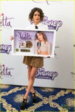 Martina-stoessel-gold-record-violetta-germany-stop-07