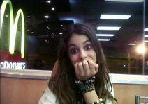 Martina beim McDonalds