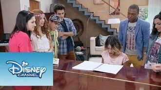 "Violetta Momento Musical Violettacantando ""Underneath It All"""