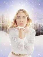 364px-Martina Stoessel Snow 5