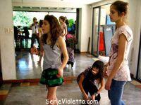 Tini beim Tanzunterricht