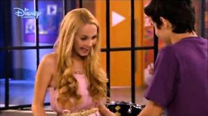 Violetta - Ludmila and Tomas Sing More Tears