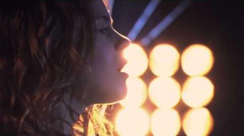 Violetta Vilu canta ¨Cómo Quieres¨ (Temp 2 Ep 39)