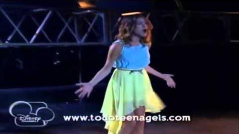 """Violetta 2 Violetta canta """"Cómo Quieres"""" antes del Show - Capitulo 39"""