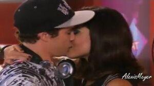 Violetta 2 Naty besa a Maxi - Capitulo 80