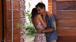 Leon and Violetta hug