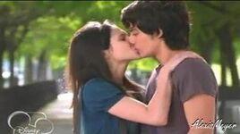 Marcesca kiss