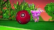 Les Galagoogoo Moving Sour Ball