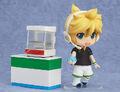 Kagamine Len Nendoroid 341 FamilyMart.jpg