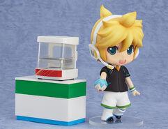 Kagamine Len Nendoroid 341 FamilyMart
