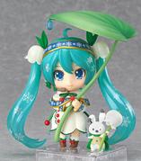 Snow Bell Nendoroid 4