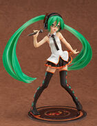 Hatsune Miku Lat 1 8 figurine - FamilyMart