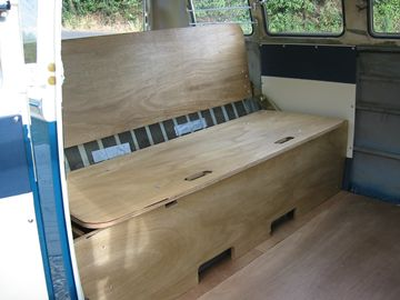 how we fitted jk hinged rocknroll bed into a split bus classic