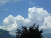Cumulus con above Brienzersee