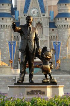 Volt i miki statua