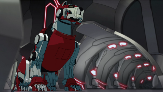 File:S2E06.198. Red Lion dormant in hir hangar.png