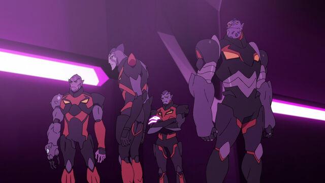 File:Galra Commanders (Blackout).jpg