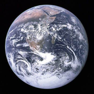 EarthApollo17