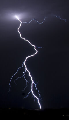 Lightningcropandstuff