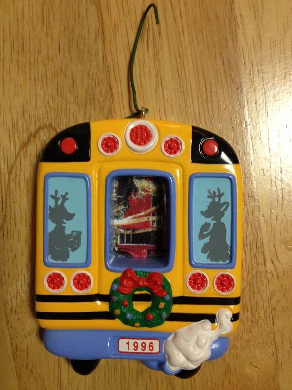 Bus ornament1