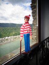 BOG 18 Waldo in Castle