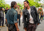 The-walking-dead-episode-708-rick-lincoln-3-935
