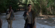 The-Walking-Dead-7.06-Swear-the-finger