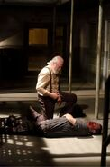 The-walking-dead-internment-hershel-2