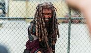The-walking-dead-episode-804-ezekiel-payton-1200x707-interview