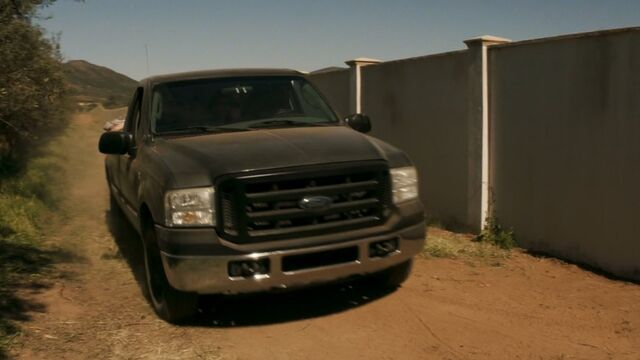 File:4.510 as 2005 Ford F-250