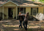 The-walking-dead-episode-711-dwight-amelio-935