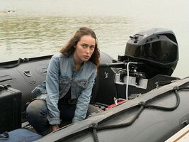 Fear-the-walking-dead-episode-316-alicia-debnam-carey-pre-800x600