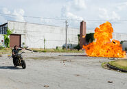 The-walking-dead-episode-801-daryl-reedus-3-935