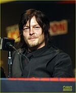 Norman-reedus-andrew-lincoln-walking-dead-at-nycc-03