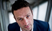 Andrew-Lincoln-star-of-Th-007
