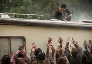 The-walking-dead-episode-701-rick-lincoln-3-935