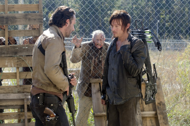 File:AMC TWD This Sorrowful Life.png