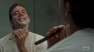 Negan Shaving His Beard S7E8