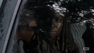 5x09 Michonne Listening