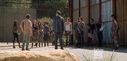 W630 Nicholas-Talks-to-Group-at-Alexandria-Gate-in-The-Walking-Dead-Season-5-Episode-12-1424721369