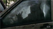 5x09 She Is Trapped In Her Car