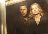 Fear-the-walking-dead-season-1-gallery-madison-dickens-travis-curtis-935-2