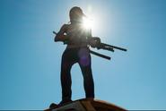 Michonne Tries Sharpshooting 7x04