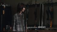 ET Carl saw a gun