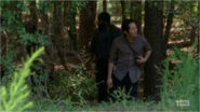 5x09 Glenn Looking