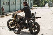 The-walking-dead-episode-801-daryl-reedus-935