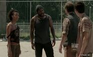 The-Walking-Dead-Episode-3x09-Suicide-King
