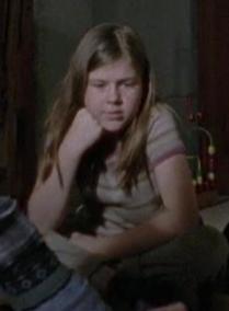 File:Young brunette girl (season 4 trailer).png