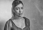 The-walking-dead-season-6-cast-silver-rosita-serratos-935