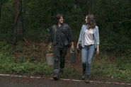 9x03 Maggie and Daryl planning something